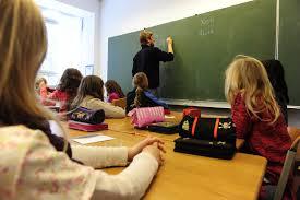 9 Contoh Sistem Pendukung Keputusan di Sekolah